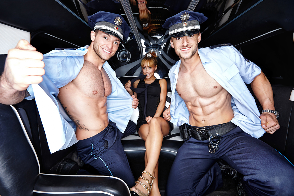 Stripper + Stretchlimo + Stripshow - Hamburg-Dreamboys.com